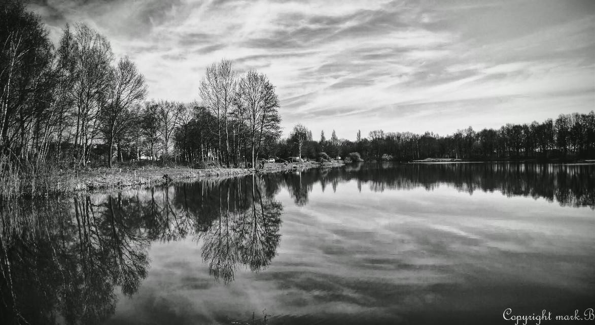 #wapdramaeffect #photography   #blackandwhite  #nature  #mirrored #reflection
