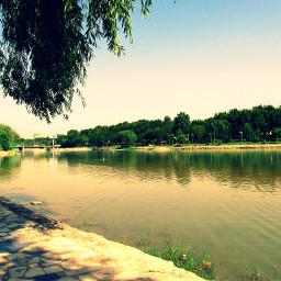 reflection river zayandeh isfahan iran