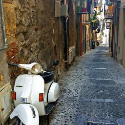 vespa street photography moto travel