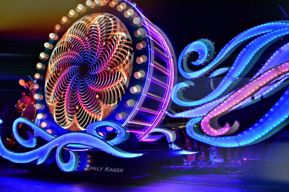 Disneyland parade float! #bokeh #colorful #neon  #disney #lights #cirle