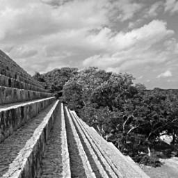 uxmal méxico pyramid m