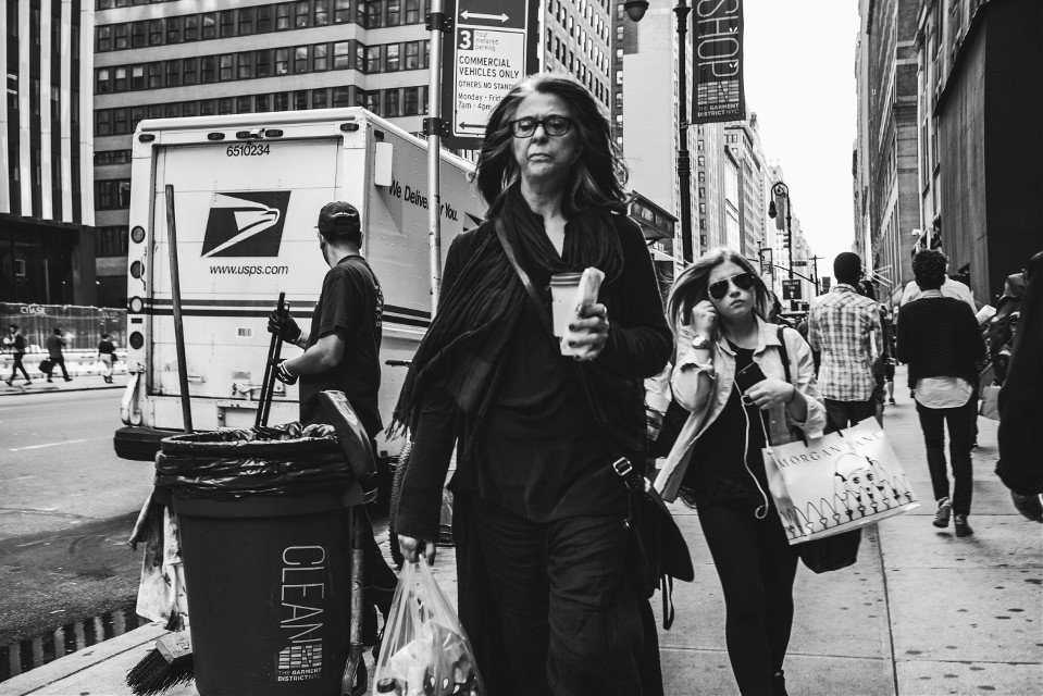 #blackandwhite  #streetphotography  #newyork  #manhattan  #grittystreets  #STREETTOGS  #lady  #street  #photography  #art  #followme  #fashion